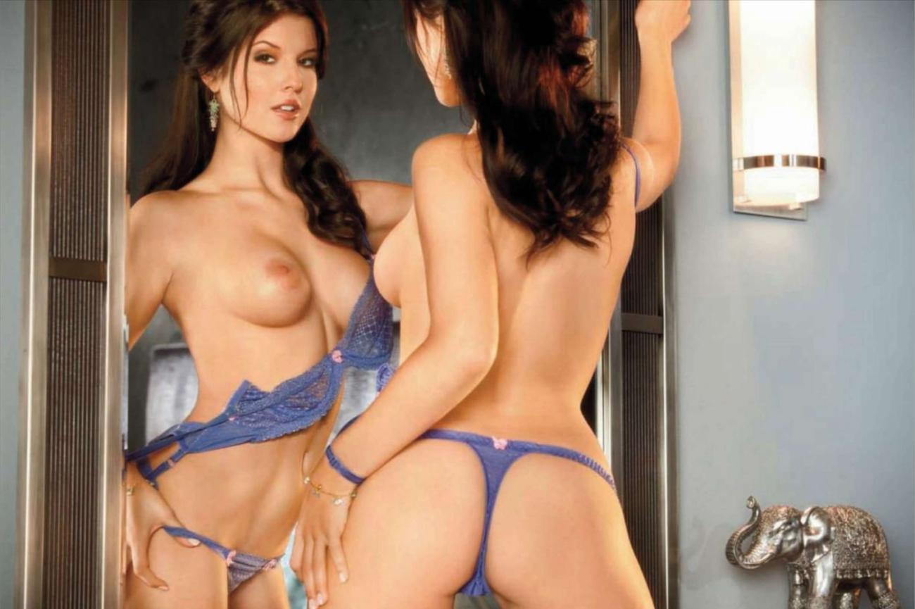 Naked amanda cerny Amanda Cerny