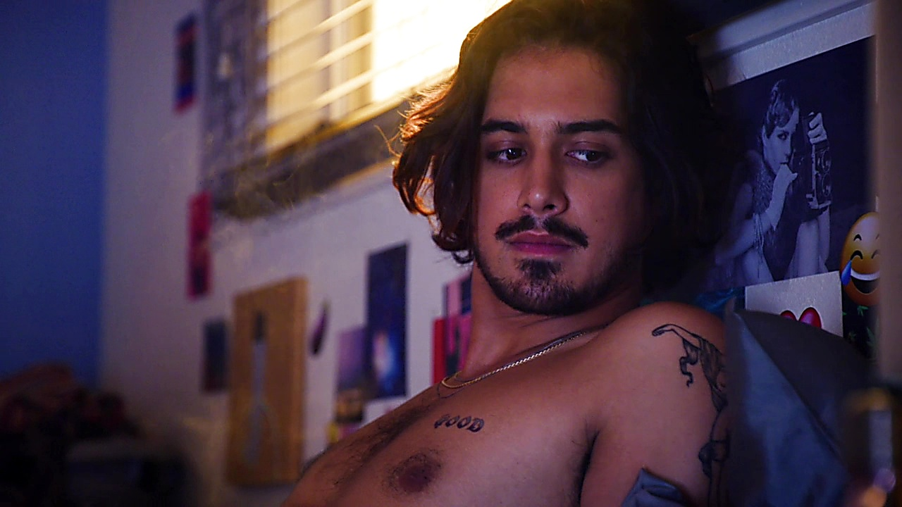 Jogia naked avan Closet case
